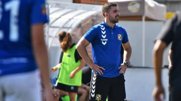 José Gonzalez (Gonza) seguirá entrenando el 1er equipo femenino en su 10ª temporada en el Club